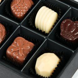 Praliny dla Babci i Dziadka Chocolate Box White Mini z Twoimi życzeniami