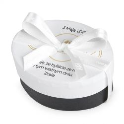 Czekoladki dla gości komunijnych Round White z Twoim imieniem