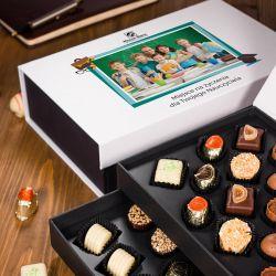 Czekoladki dla nauczyciela Chocolate Tower ze zdjęciem i życzeniami od klasy