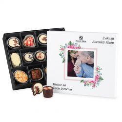 Bombonierka Premium White z Twoim zdjęciem i życzeniami na rocznicę ślubu