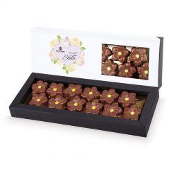 Prezent dla nowożeńców Czekoladowe kwiatki w bombonierce Elegance