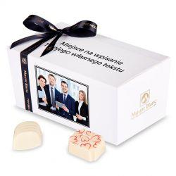 Słodycze firmowe Ballotin White no.2 ze zdjęciem i tekstem
